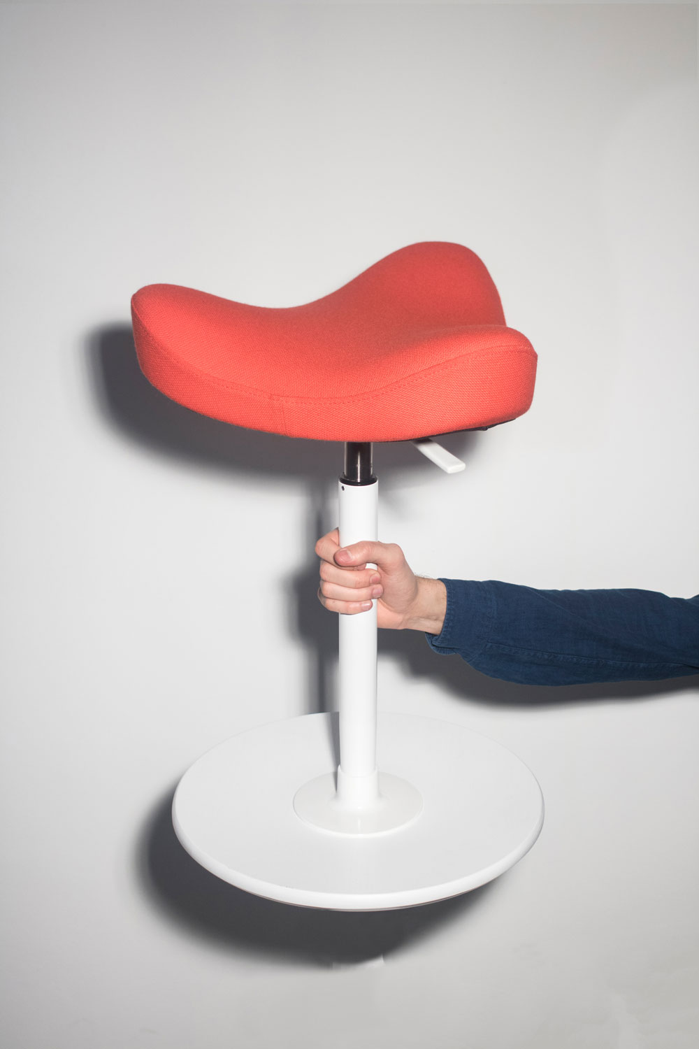 Magnificent Move Sit Strong Stand Easy The Dynamic Seat Is The Lamtechconsult Wood Chair Design Ideas Lamtechconsultcom