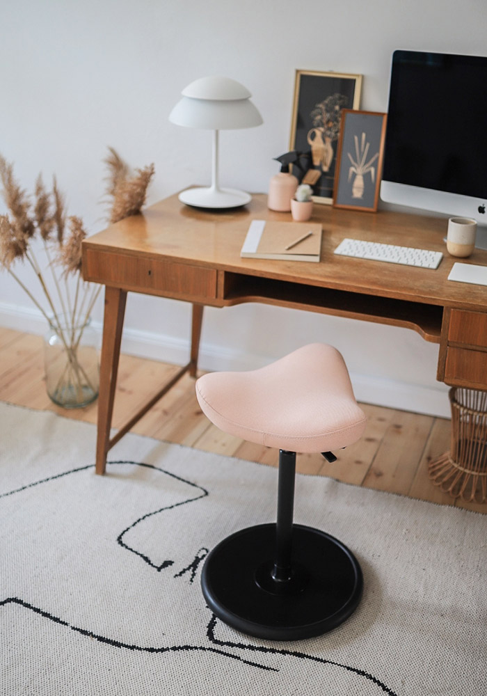 move in home office by desk